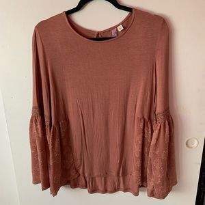 Francesca's Pink long sleeve bell sleeve lace top